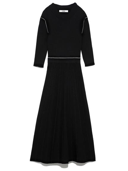 立体フレアニットドレス