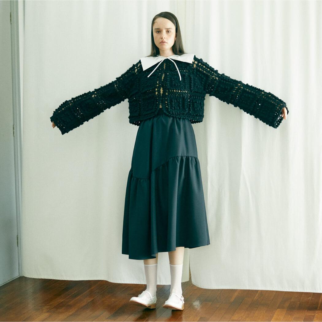 Cardigan 22,000 yen+tax,Skirt 24,000yen+tax,Attached collar 6,000yen+tax,Shoes 24,000yen+tax