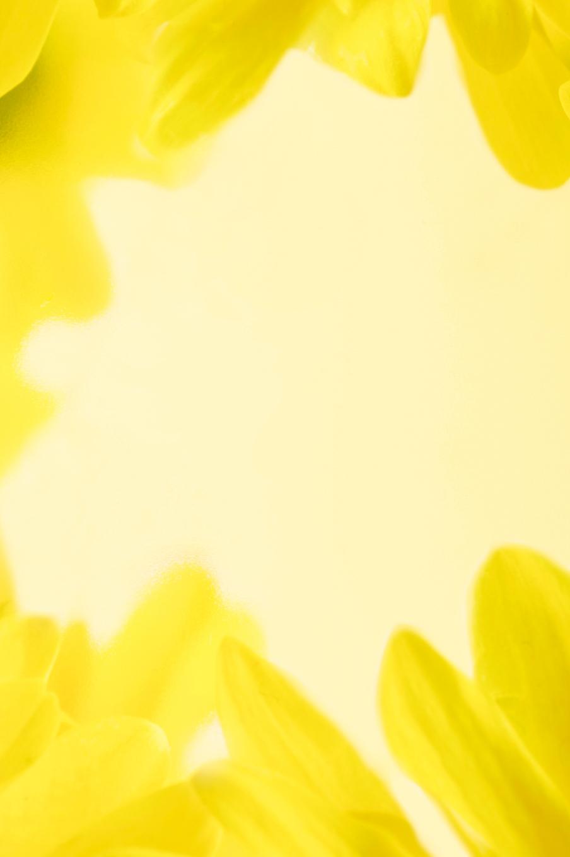 background yellow