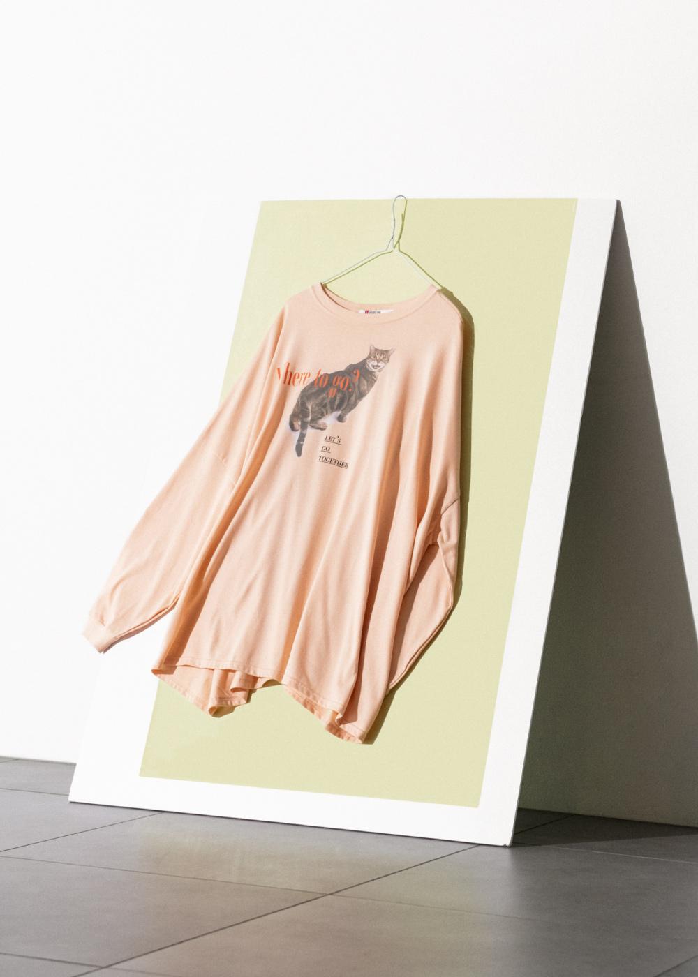 カラープリントロングTシャツ