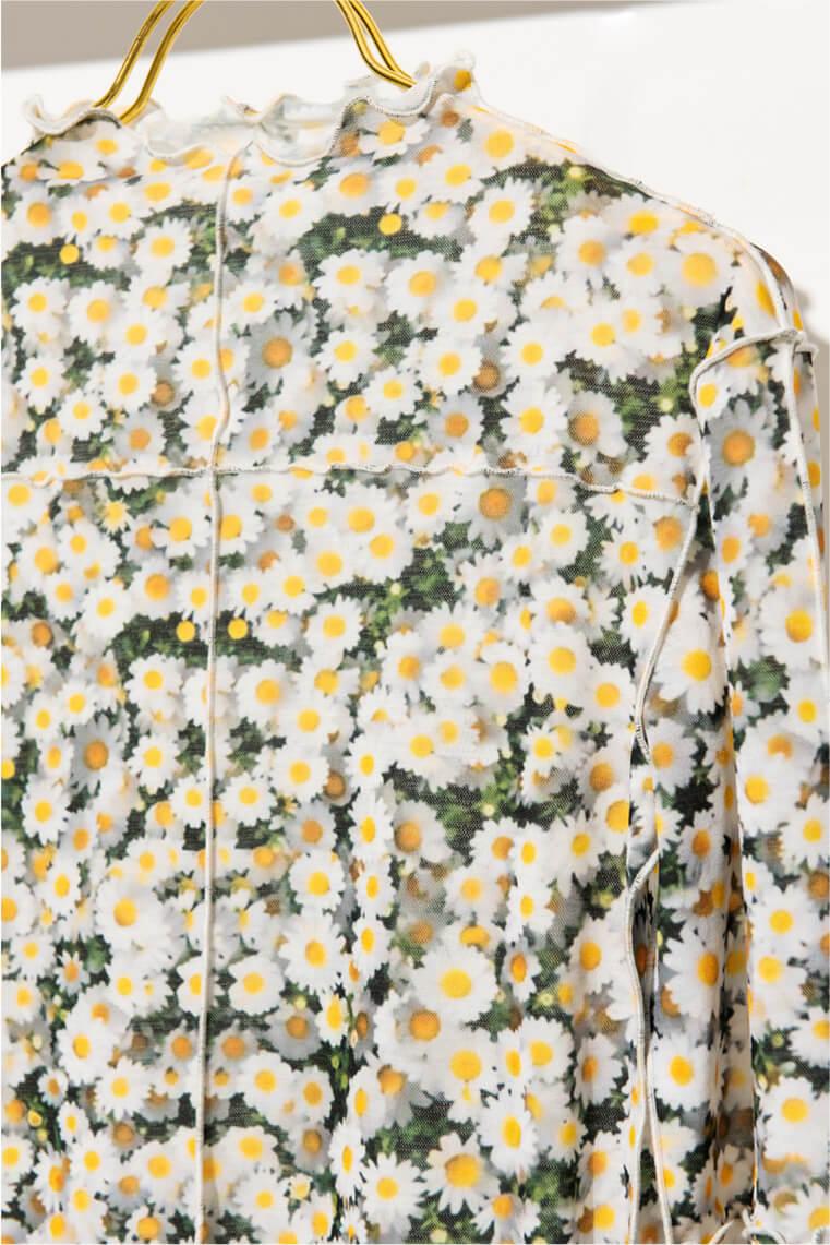 flower transfer printed. bottleneck tops & pleated skirt